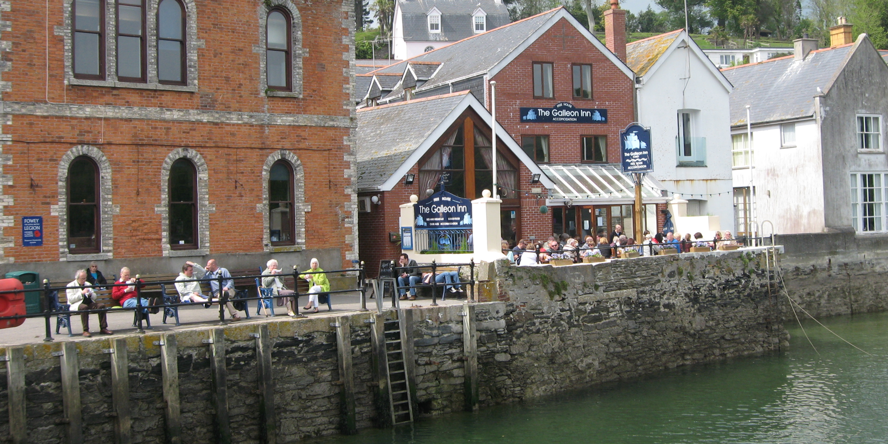 A pub on the water in Fowey, Cornwall with great fish and chips. Photo by me