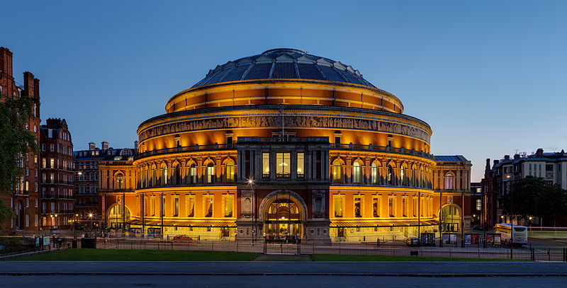Royal Albert Hall viewed from Kensington Gardens. Photo by David Iliff, Creative Commons