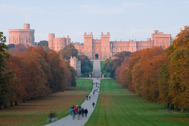 Windsor Castle at sunset viewed from the Long Walk in Windsor, England.Photo by DAVID ILIFF. License: CC-BY-SA 3.0 from Wikipedia Commons