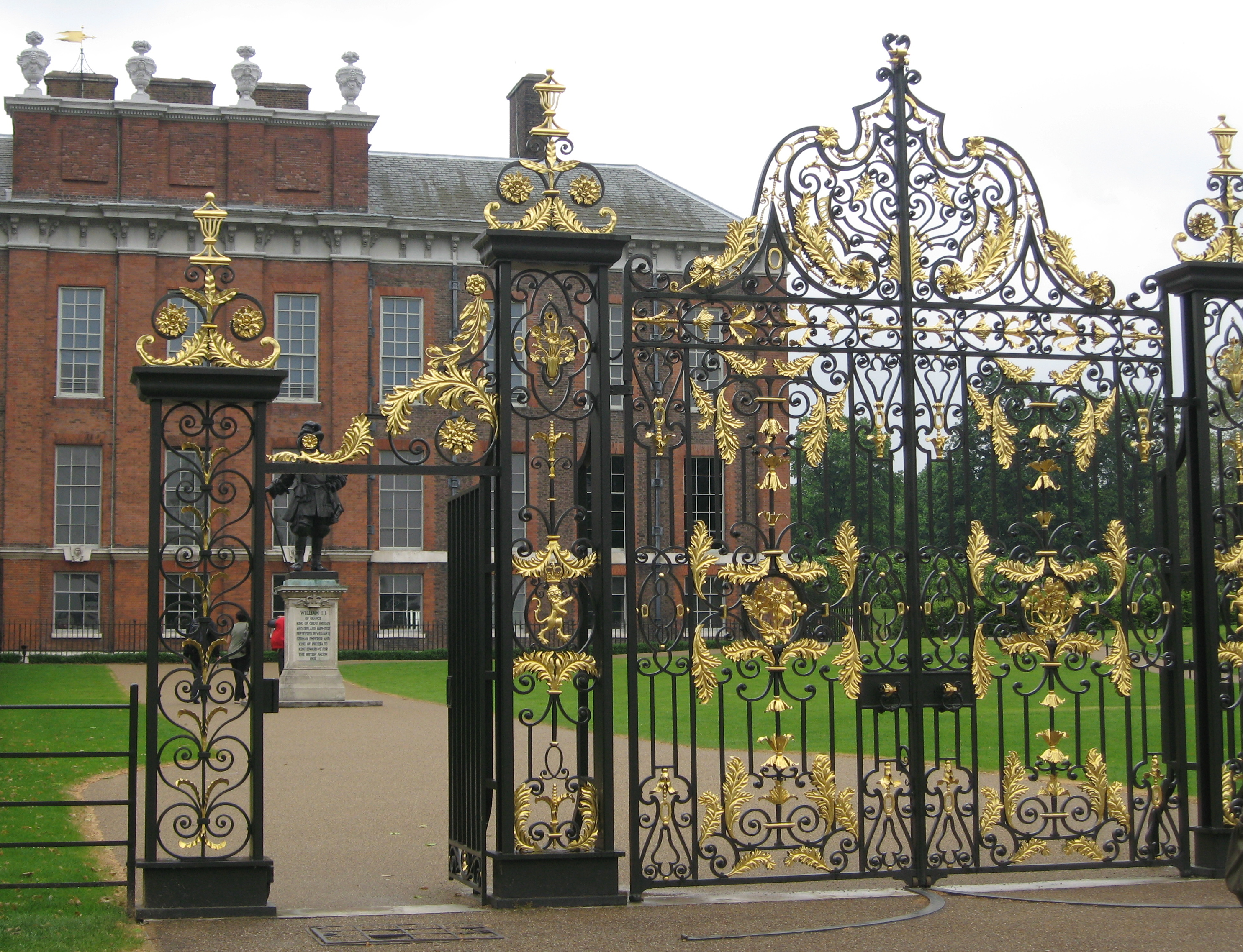 The Gates at Kensington Palace. Photo by me.