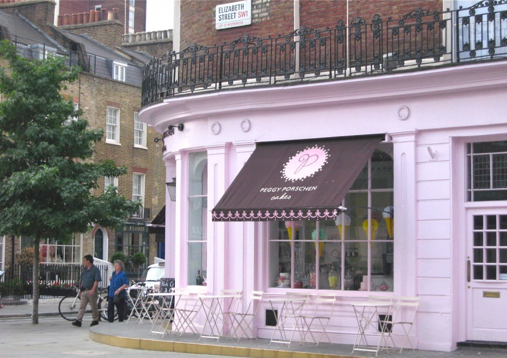 This shop offered pink champagne and cupcakes. Delightful. Photo by me