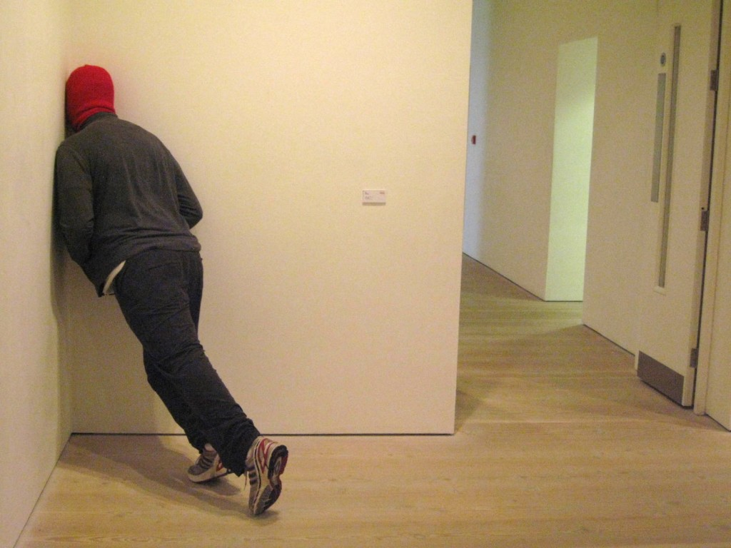 "Mark Jenkins, USA, ""Cornered"", sculpture. Photo by me"