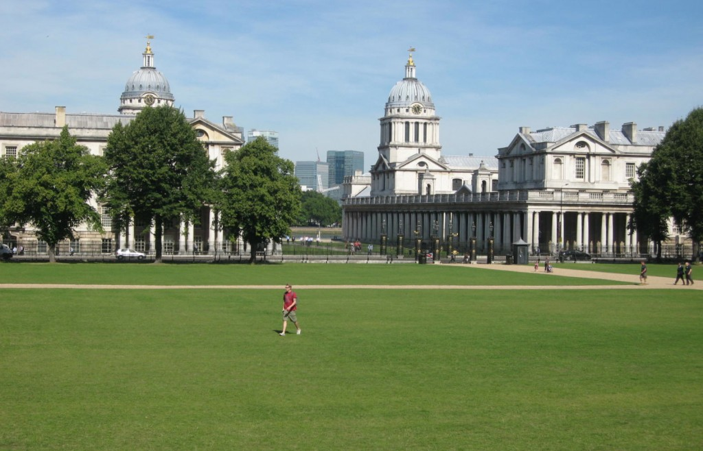 The Naval College and the Thames behind us. Photo by me.